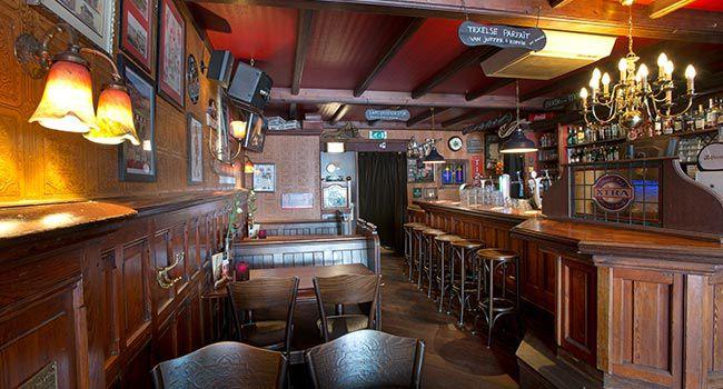 eetcafe-texel-steenenplaats-impressie-bar.jpg